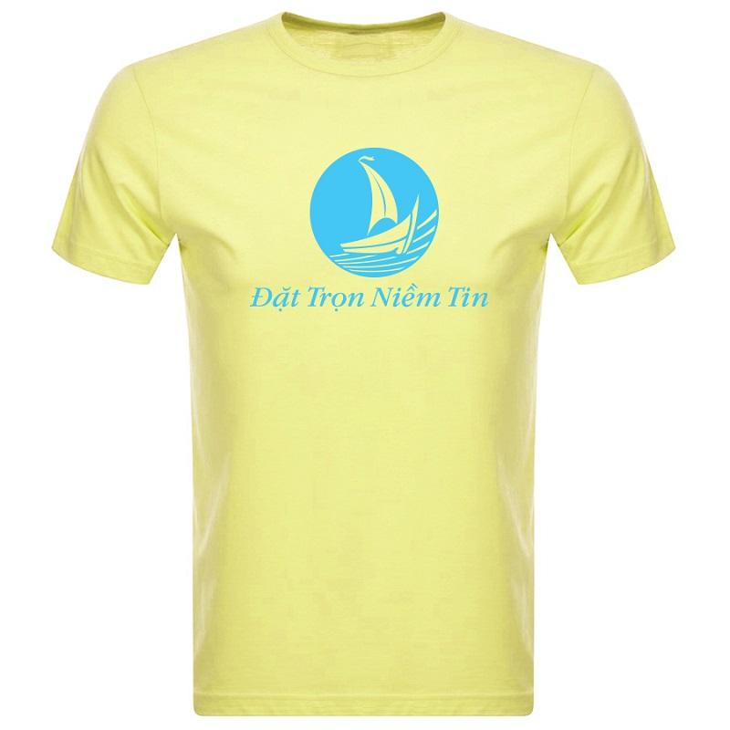 Những mẫu áo thun T-shirt nam đa dạng có tại Blueocean.